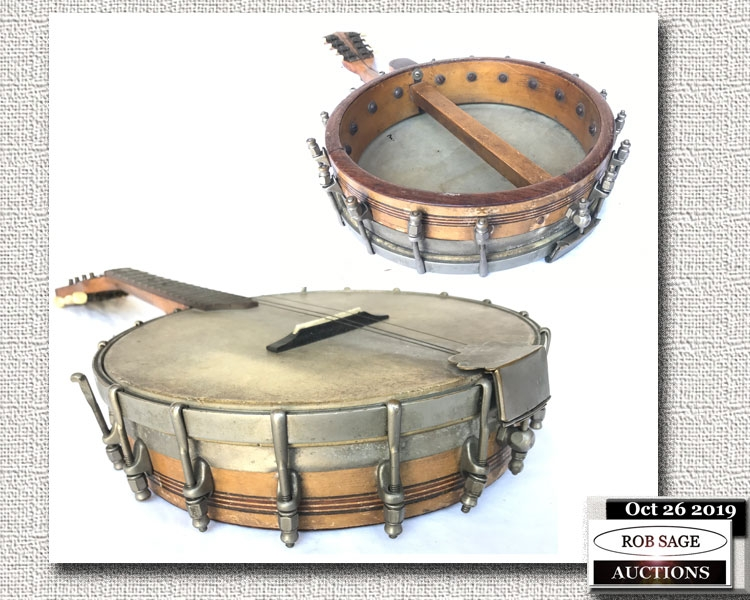 Banjo Ukulele Detail