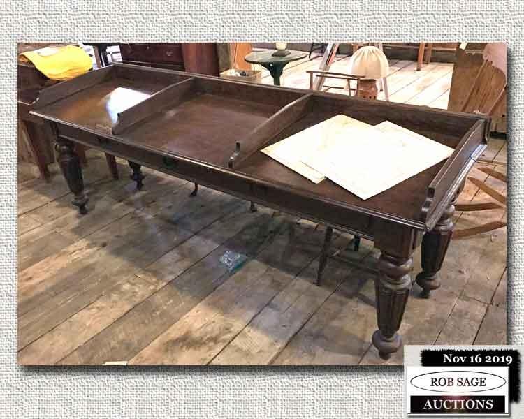 8' Banker Table/Desk