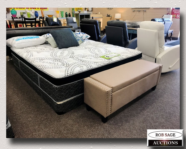 Bench & Bed