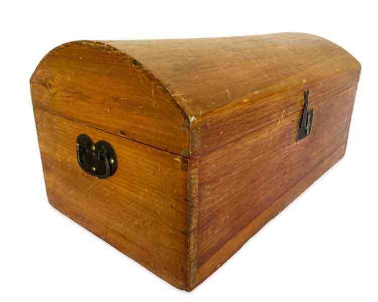 Pine Dome Box