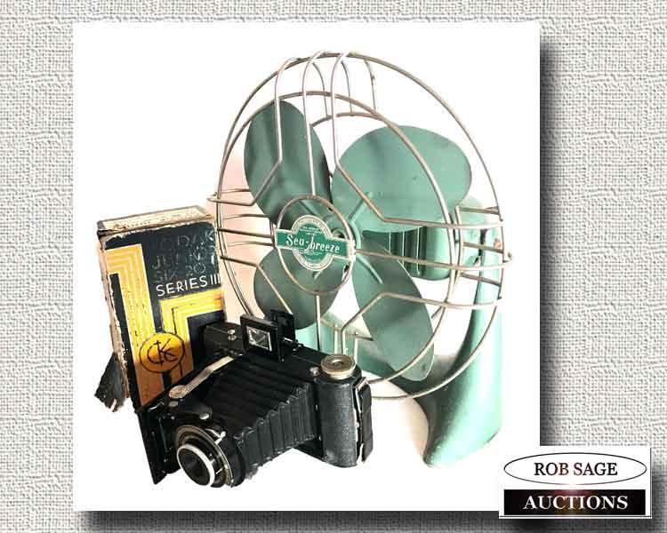 Camera- Fan