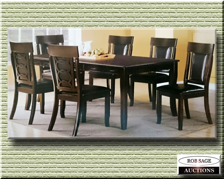 Dining Table/6 Chairs