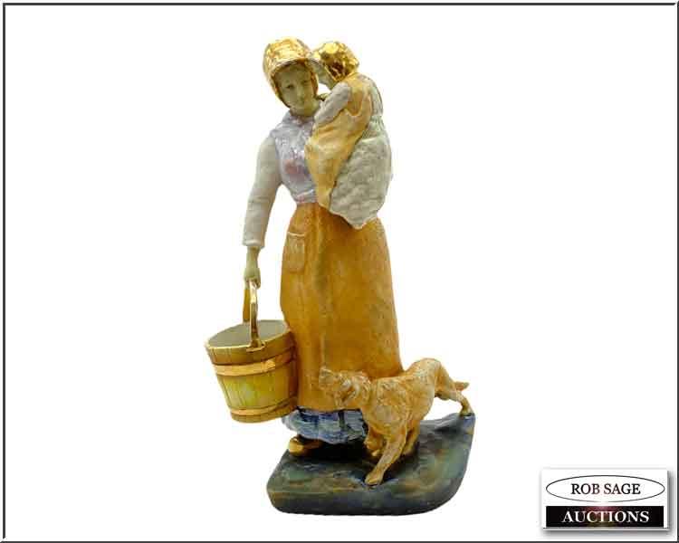 Amphora Figural