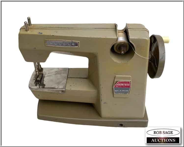 "Sewing Machine 7"" x 8"""